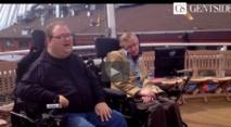Intel et Stephen Hawking imaginent  un fauteuil roulant connecté