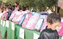 """L'opération """"Un million de cartables"""" profite aux élèves de la province de Moulay Yacoub"""