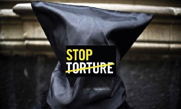 Amnesty remet une pétition contre la torture à Ramid et organise un sit- in devant le Parlement