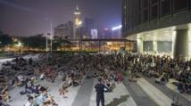 Les tensions vives  à Hong Kong dans l'attente du dialogue