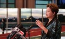 Duel acharné au Brésil entre Rousseff et Neves