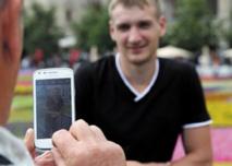 Les hackers ciblent de plus en plus  les smartphones et leurs informations bancaires