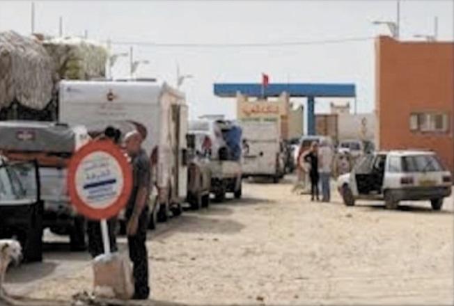 Bras de fer entre les importateurs et la douane à Guergarate