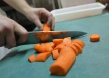 Pour contrer la violence en cuisine, de grands chefs français en quête d'une éthique