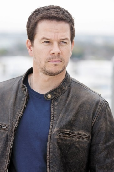 les stars bosse des maths ou bonnet d 39 ne mark wahlberg. Black Bedroom Furniture Sets. Home Design Ideas