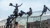 Une trentaine d'immigrants clandestins entrent de force à  Mellilia
