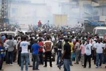 Trois morts dans une  manifestation à Libreville