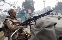 Des tribunaux militaires pour les terroristes au Pakistan