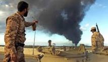Bombardement d'un pétrolier à Derna en Libye