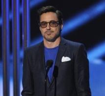 Distinction de  Robert Downey Jr  et Jennifer Lawrence