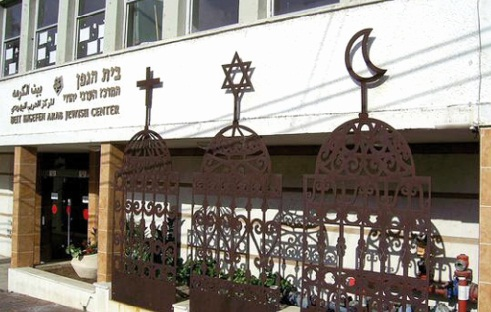Liberté des cultes et respect des religions