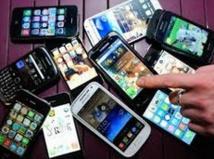 Après le boom du mobile, l'espoir des objets connectés
