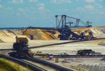 La croissance économique tirée par les mines et les services
