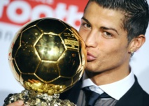 Ronaldo favori pour le Ballon d'or