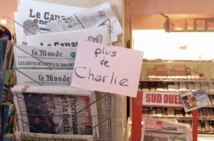 Le dernier numéro de Charlie Hebdo épuisé dès son apparition dans les kiosques en France