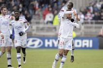 Lyon tient le rythme, Paris rejoint l'OM