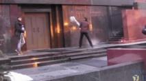 Insolite : Le mausolée de Lénine aspergé d'eau bénite
