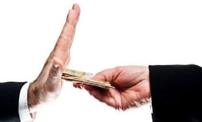 Le gouvernement traîne le pas en matière de lutte anticorruption