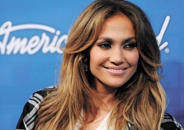 Jennifer Lopez gifle un participant à American Idol