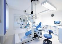 La prolifération des sites de pratique illégale de la médecine dentaire met en rogne les professionnels