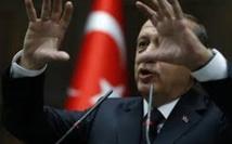 Le Parlement turc examine une loi controversée