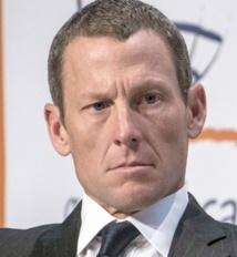Armstrong condamné à payer 10 millions de dollars
