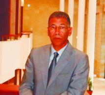 Moussaoui Ajlaoui, membre de l'Institut  de recherches  africaines  à l'Université  Mohammed V Agdal et spécialiste en Histoire des sciences et techniques dans l'espace saharien
