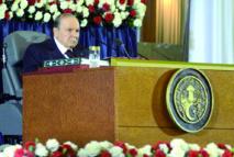 La crise pétrolière détourne Bouteflika de ses promesses électorales