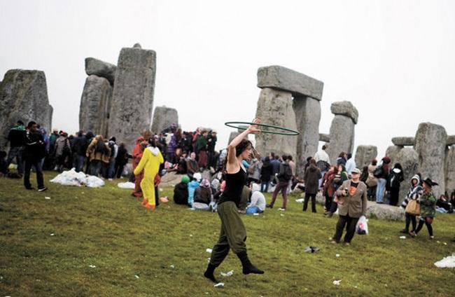 Les festivals à voir une fois dans sa vie : Fête du solstice d'été à Stonehenge (Grande-Bretagne)