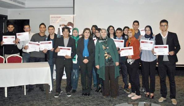 Les programmes de la Fondation de l'éducation pour l'emploi ont bénéficié à 14.250 jeunes