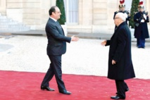 Tapis rouge au Président tunisien à Paris