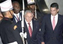 Barack Obama et Raul Castro face à face pour la postérité au Panama