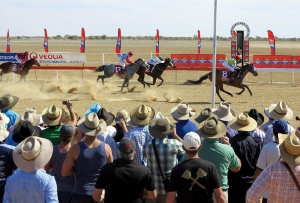 Les festivals à voir une fois dans sa vie : Birdsville races (Australie)