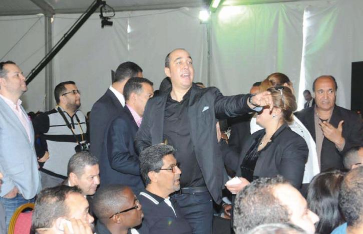 Au Mouvement populaire, des scènes de bagarre pour dénoncer le parachutage au congrès de la jeunesse