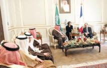 François Hollande invité d'honneur d'un sommet des monarchies du Golfe dominé par le Yémen et l'Iran