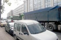 Ces camionneurs du port de Casablanca qui roulent à tombeau ouvert