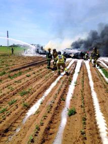 Quatre morts dans le crash d'un Airbus  militaire à Séville  en Espagne