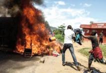 Violents combats à Bujumbura, au lendemain d'une tentative de coup d'Etat