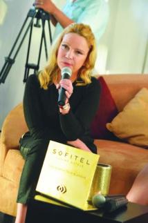 Valérie Morales- Attias  présente  «Post blonde»  à Casablanca