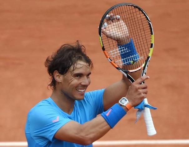 Rafael Nadal joue avec une montre à 770.000 euros dans la main