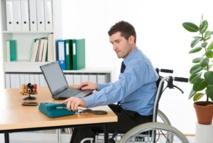 Appel à garantir aux personnes handicapées le droit d'accès aux nouvelles technologies dans les pays arabes