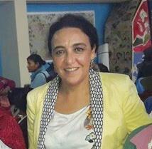 Légende : Houria Esslami, membre du GTDFI sur les disparitions forcées ou involontaires