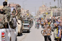 Riposte de l'EI contre les milices kurdes et l'armée syrienne après de cinglants revers