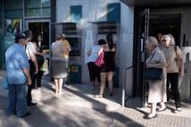Réouverture des banques après  trois semaines de fermeture en Grèce