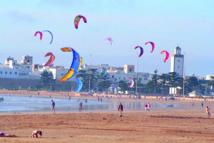"""Le """"Pavillon bleu"""" hissé  sur la plage d'Essaouira"""