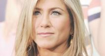 Jennifer Aniston fait affaire avec la compagnie Emirates Airlines