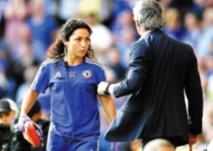 Affaire Carneiro: Mourinho dans l'œil du cyclone