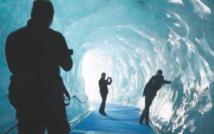 La Mer de Glace, haut lieu menacé du tourisme dans les Alpes françaises