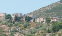 Sazan, une île-bunker de l'Albanie communiste ouverte aux touristes