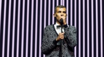 Carton plein de Stromae à New York